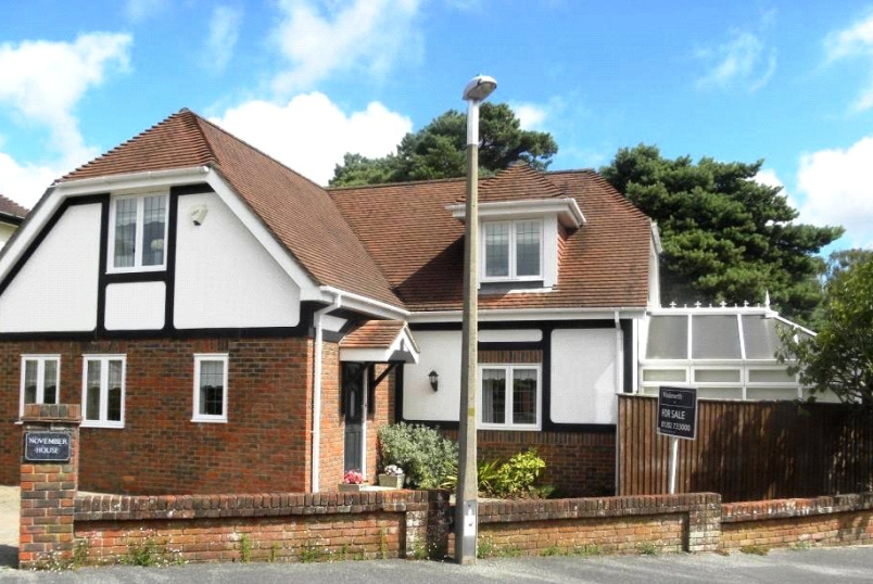 House for sale in Poole - Clifton Road, Lower Parkstone, Poole, BH14