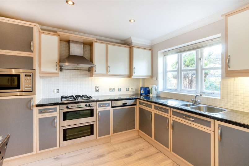 House to rent in Tooting - Glenburnie Road, Tooting Bec, London, SW17