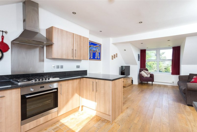 Flat/apartment for sale in  - Alexandra Drive, London, SE19