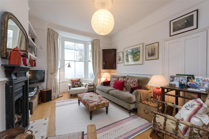 House for sale in Kensal Rise & Queen's Park - Victor Road, London, NW10