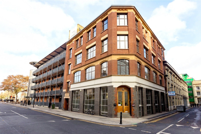 Flat/apartment for sale in Clerkenwell & City - Shepherdess Walk, London, N1