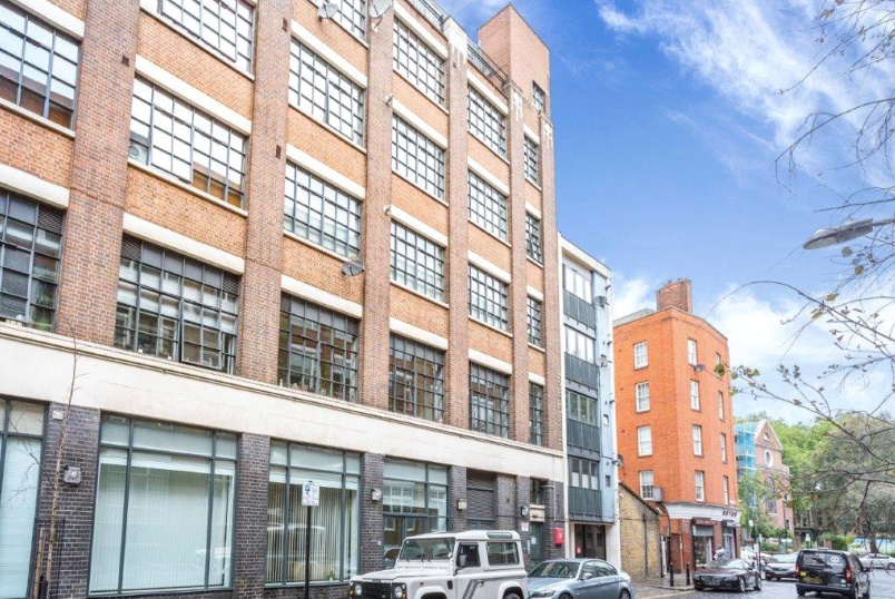 Flat/apartment for sale in Shoreditch - Anlaby House, 37 Boundary Street, London, E2