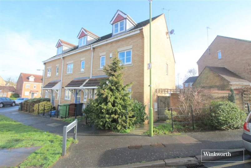 House for sale in Borehamwood & Elstree - Coleridge Way, Borehamwood, Hertfordshire, WD6