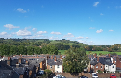 Stunning apartment with views and close to everything Dorking offers