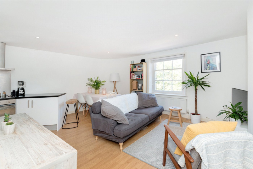 Flat/apartment for sale in New Cross - New Cross Road, London, SE14