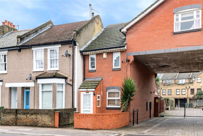 House to rent in Surrey Quays - Greenland Mews, London, SE8
