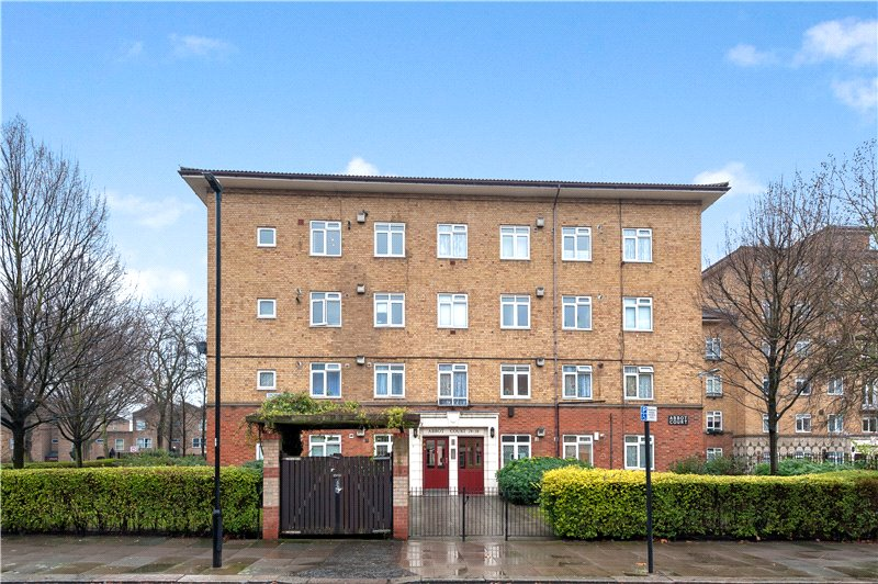 Flat/apartment for sale in Kennington - Abbot Court, Hartington Road, Vauxhall, SW8