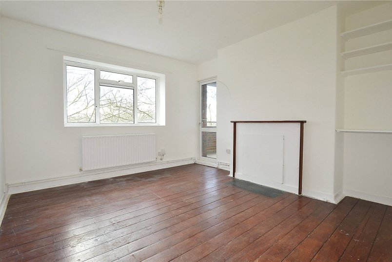 Flat/apartment to rent in Dulwich - Waveney House, Peckham Rye, SE15