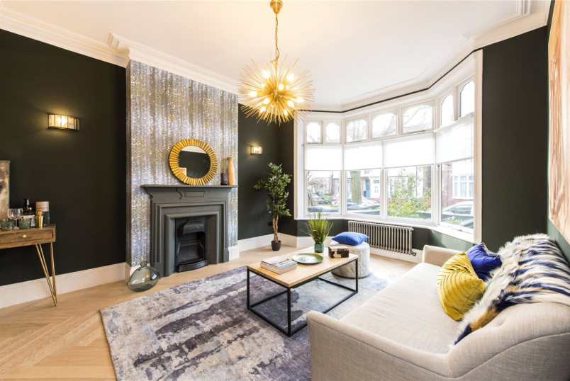 House for sale in Kensal Rise & Queen's Park - Hanover Road, London, NW10