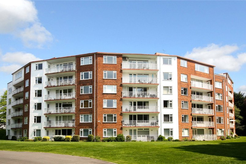 Flat/apartment for sale in Westbourne - The Avenue, Branksome Park, Poole, BH13