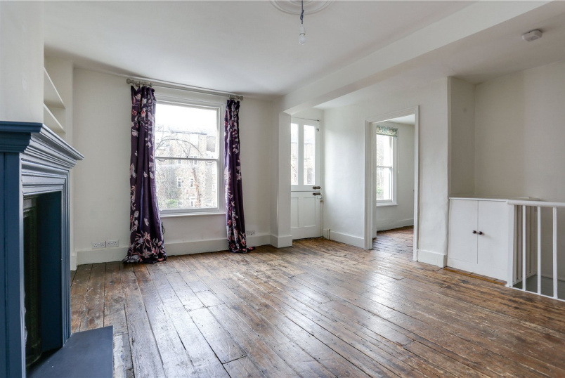 Flat/apartment to rent in Kensington - Hansard Mews, Holland Park, W14