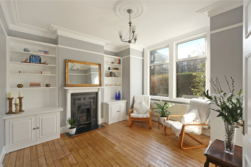 Maisonette for sale in Shepherds Bush & Acton - Emlyn Road, London, W12