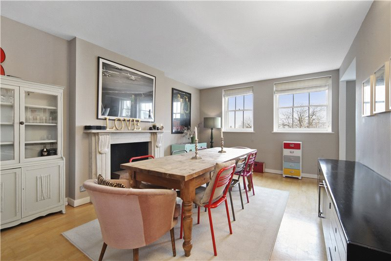 Maisonette to rent in Notting Hill - Ladbroke Grove, London, W11