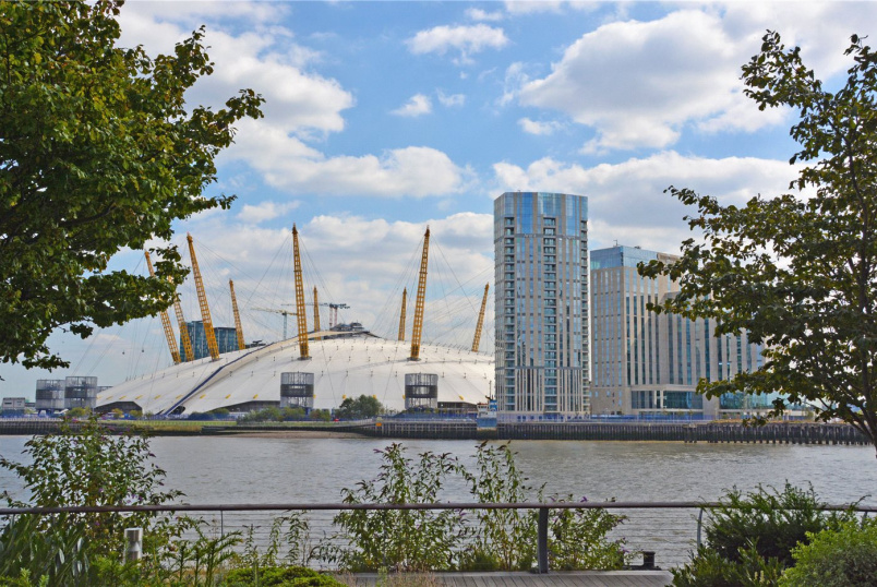 Flat/apartment for sale in Greenwich - Arora Tower, 2 Waterview Drive, Greenwich, SE10