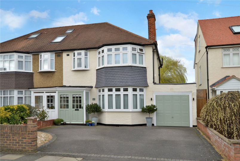 House for sale in Banstead - Leamington Avenue, Morden, SM4