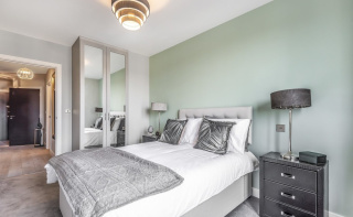 Stunning new apartment in centre of Dorking