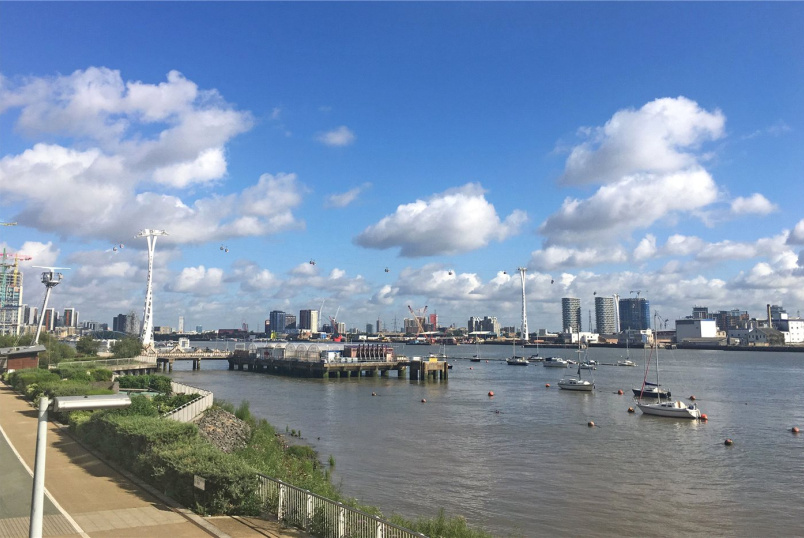 Flat/apartment for sale in Greenwich - Olympian Way, Greenwich, London, SE10
