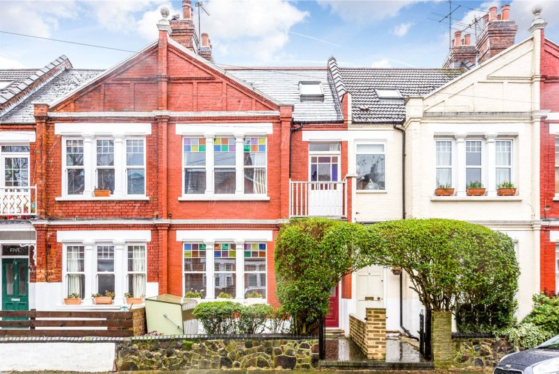 House for sale in Crouch End - Oakley Gardens, Crouch End, N8