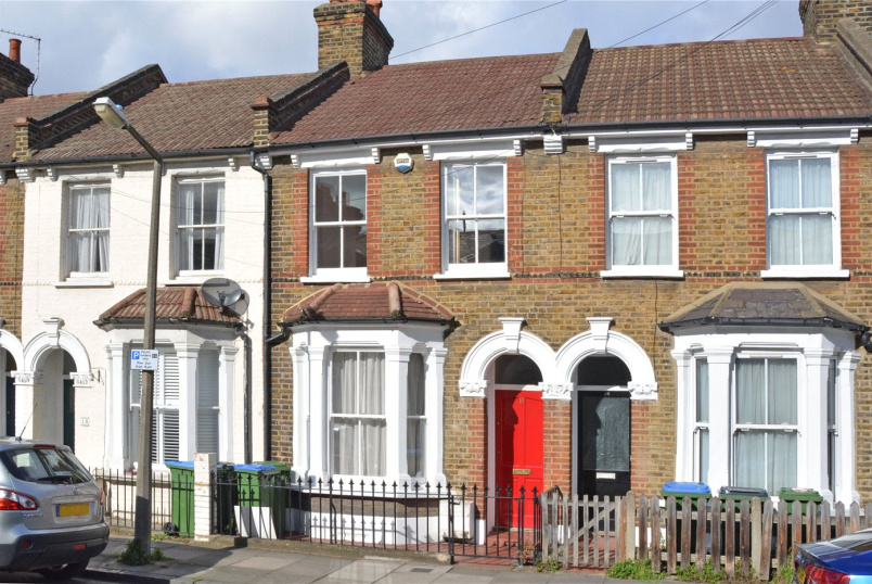 House for sale in Greenwich - Azof Street, Greenwich, SE10