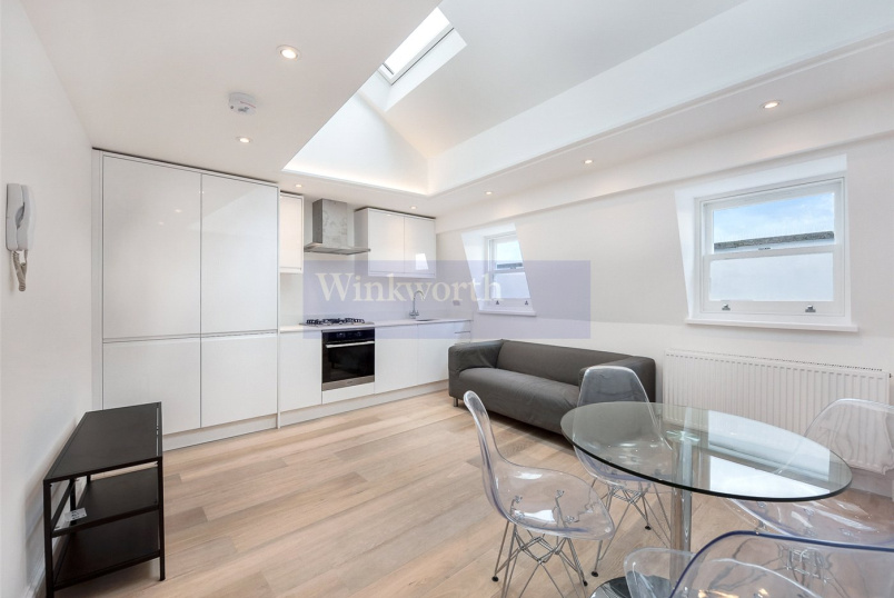 to rent in Streatham - Acre Lane, London, SW2