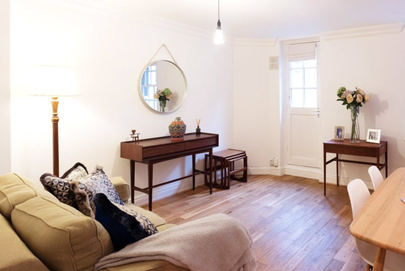 Flat/apartment to rent in Highbury - Upper Street, Islington, N1