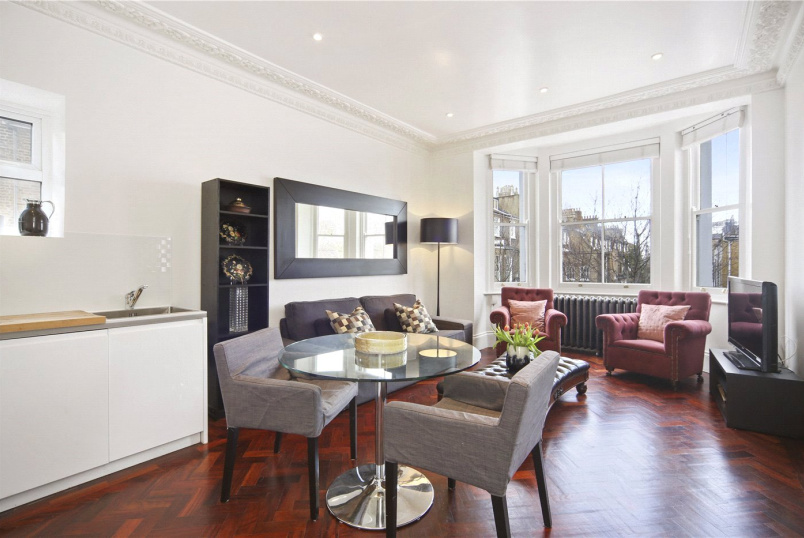 Flat/apartment for sale in Notting Hill - Colville Terrace, London, W11