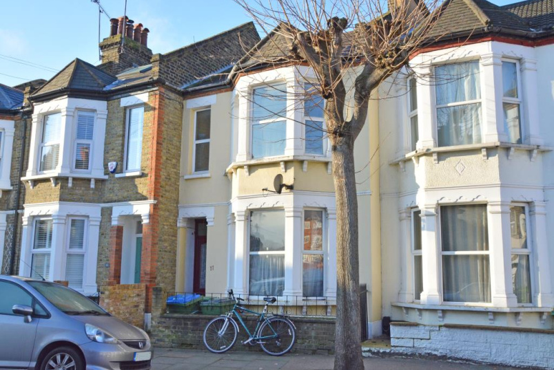 House to rent in Greenwich - Woodlands Park Road, London, SE10