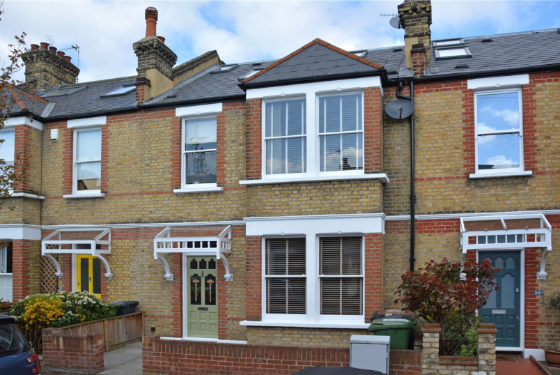 House for sale in Blackheath - Chalcroft Road, Hither Green, SE13