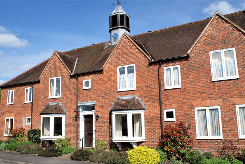 Flat/apartment for sale in  - Isles Court, Isles Road, Ramsbury, SN8