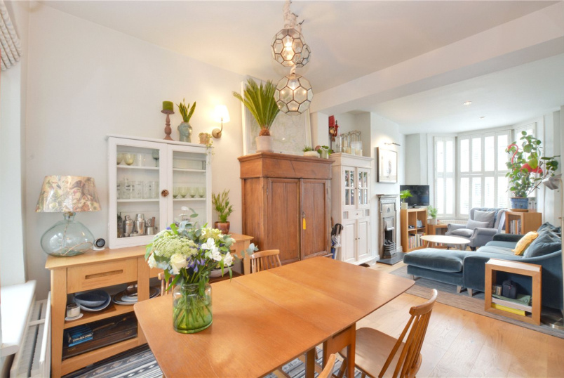 House for sale in Blackheath - Aislibie Road, Lee, SE12
