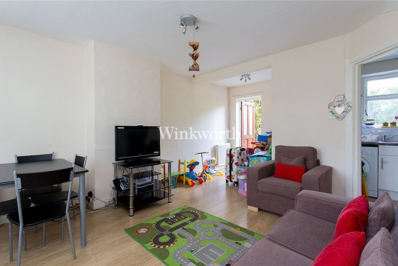 House to rent in Golders Green - Falloden Way, London, NW11