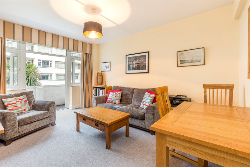 Flat/apartment for sale in Putney - Ormonde Court, Upper Richmond Road, London, SW15