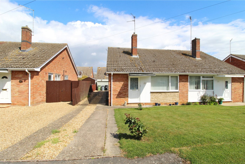 Bungalow for sale in Market Deeping - Beaufort Avenue, Market Deeping, Peterborough, PE6