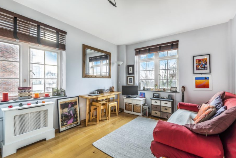 Unspecified for sale in St Johns Wood - LANGFORD COURT, LONDON, NW8 9DP