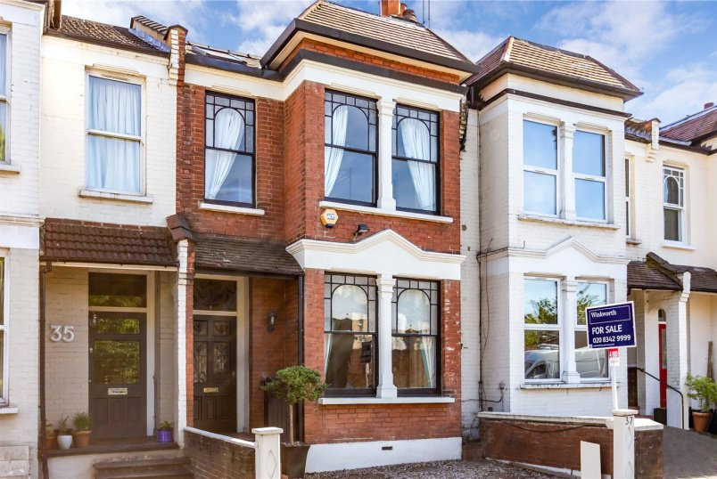House for sale in Crouch End - Palace Gates Road, London, N22