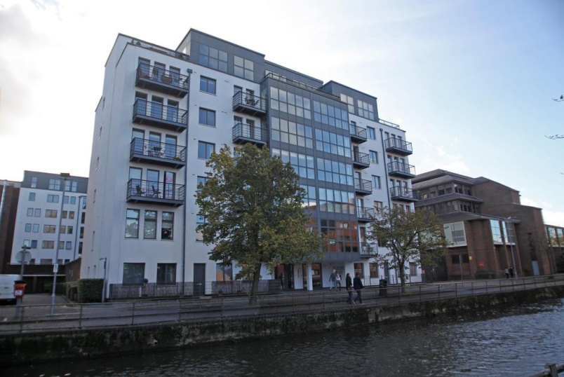 Flat/apartment to rent in Reading - Queens Wharf, 47 Queens Road, Reading, RG1