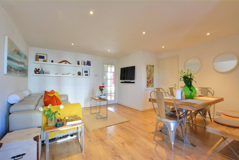 Flat/apartment to rent in Greenwich - Corbidge Court, Glaisher Street, London, SE8