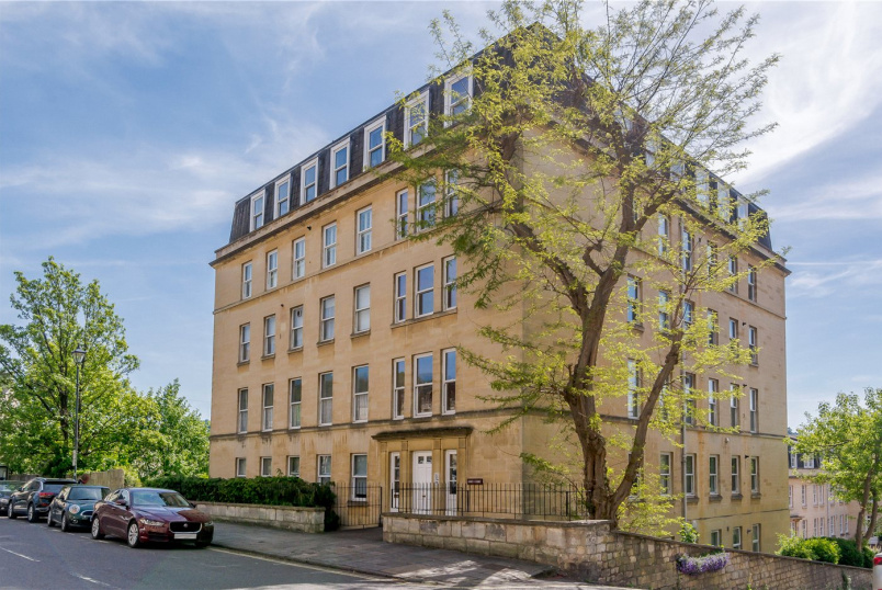 Flat/apartment for sale in Bath - Abbey Court, Edward Street, Bath, BA2