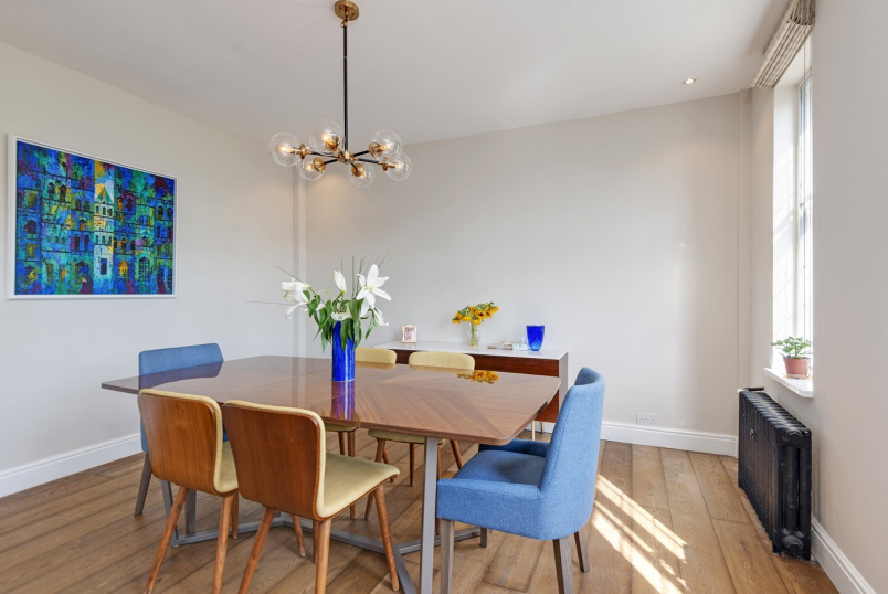 Apartment for sale in St Johns Wood - WELLINGTON COURT, ST JOHN'S WOOD, NW8 9TA