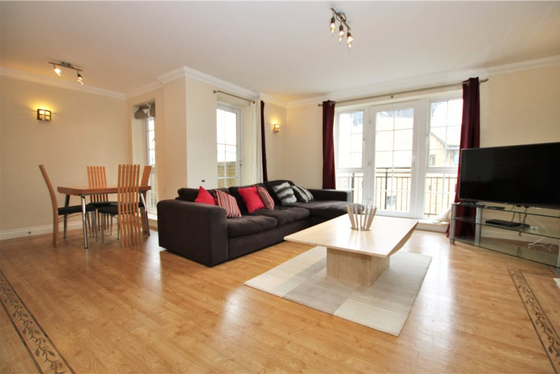 Flat/apartment to rent in Reading - Riverside House, Fobney Street, Reading, RG1