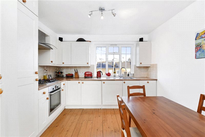 Flat/apartment for sale in Shepherds Bush & Acton - Coningham Road, London, W12