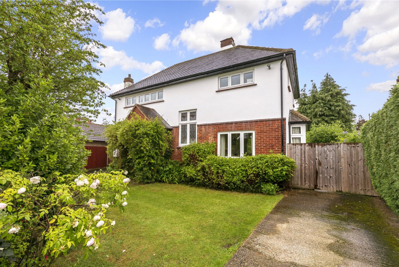 House for sale in  - Lyndhurst Avenue, Surbiton, KT5