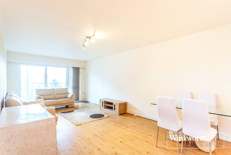 Flat/apartment to rent in Hendon - Arctic House, 3 Heritage Avenue, London, NW9