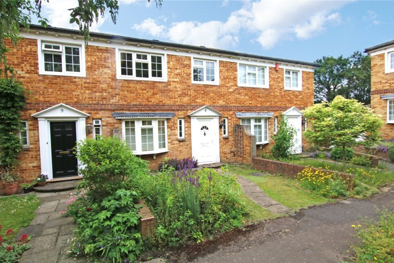 House for sale in Reading - Somerstown Court, Tilehurst Road, Reading, RG1