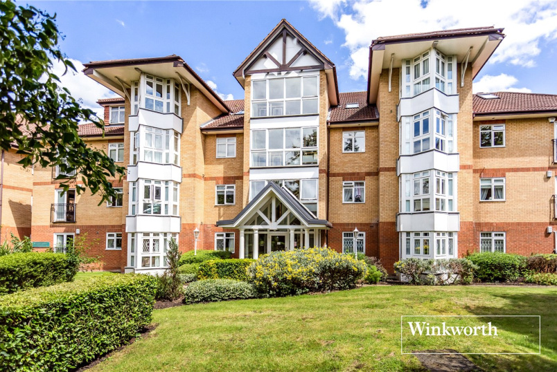 Flat/apartment for sale in Finchley - Riverside Gardens, Finchley, N3