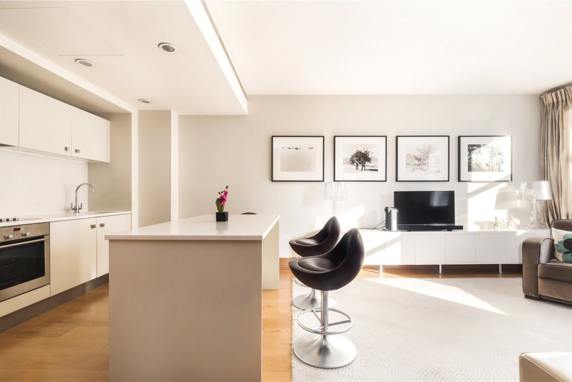 Flat/apartment for sale in Notting Hill - Hereford Road, London, W2