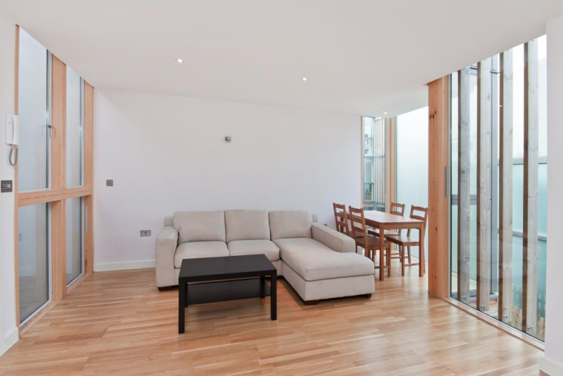 House to rent in Highbury - Conewood Street, Highbury, N5