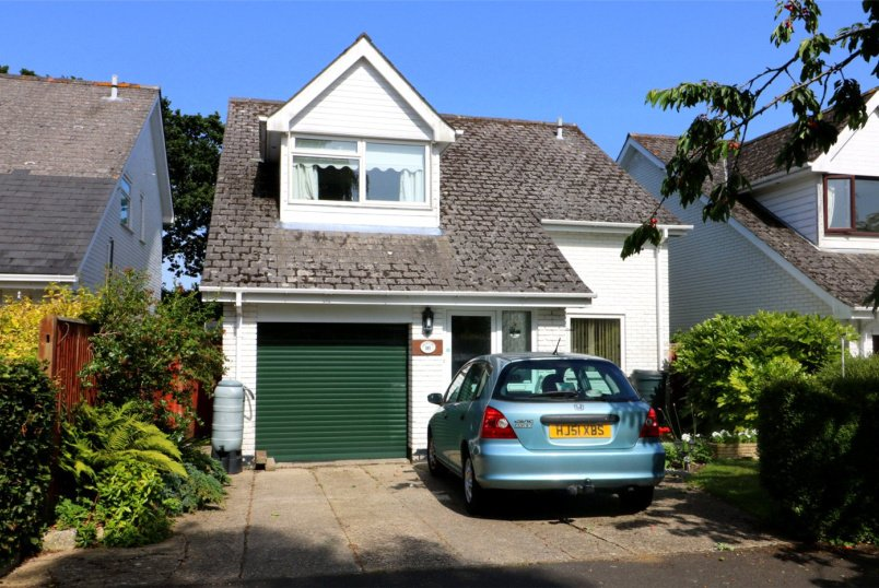 House for sale in Sway - Kitchers Close, Sway, Lymington, SO41