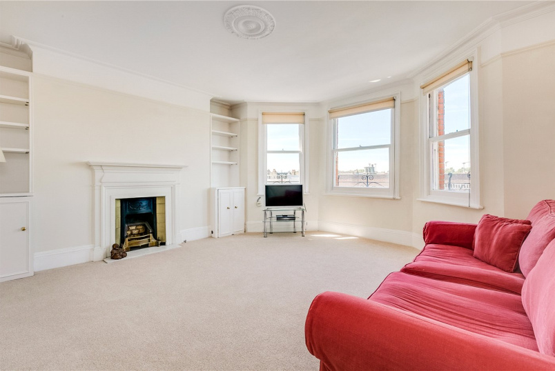 Flat/apartment for sale in Fulham & Parsons Green - Drive Mansions, Fulham Road, London, SW6