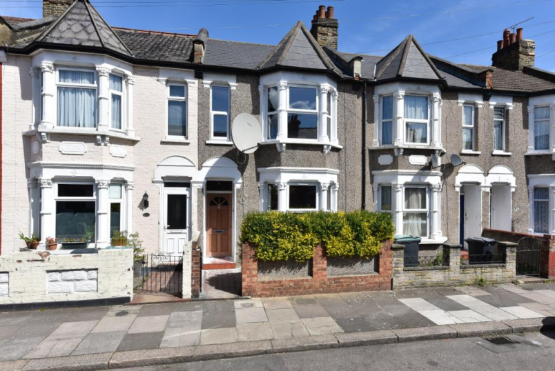 House to rent in Harringay - Dowsett Road, Tottenham, N17
